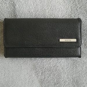 🔷️ Kenneth Cole Black Tri Fold Full Size Wallet